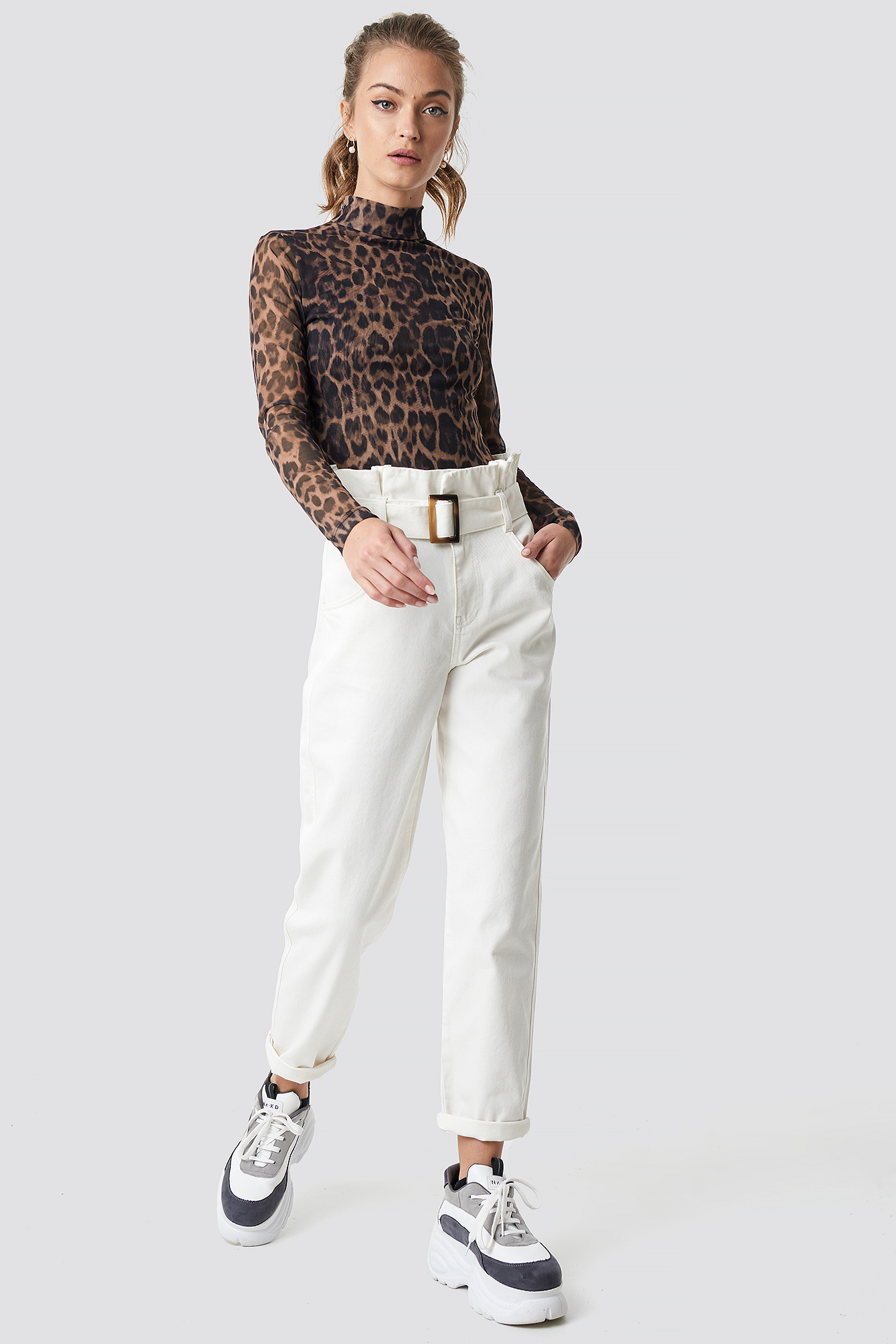 camille botten x na-kd -  Paper Waist Baggy Jeans - White
