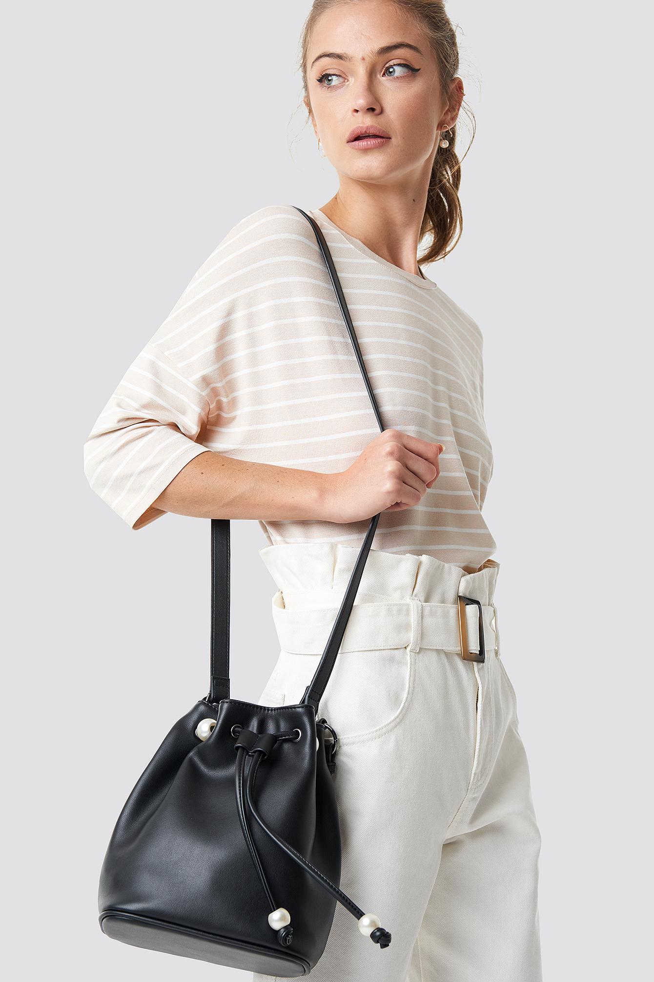 Pearl pouch bag NA-KD.COM