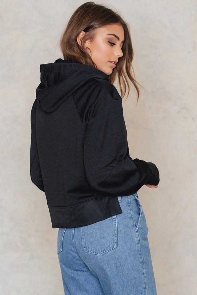 Attract Hood Black