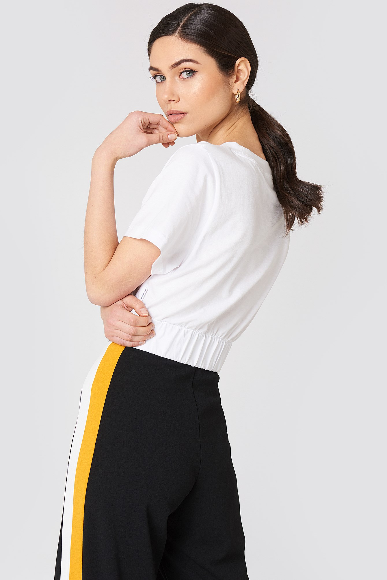 Crop Top Mirror Logo NA-KD.COM