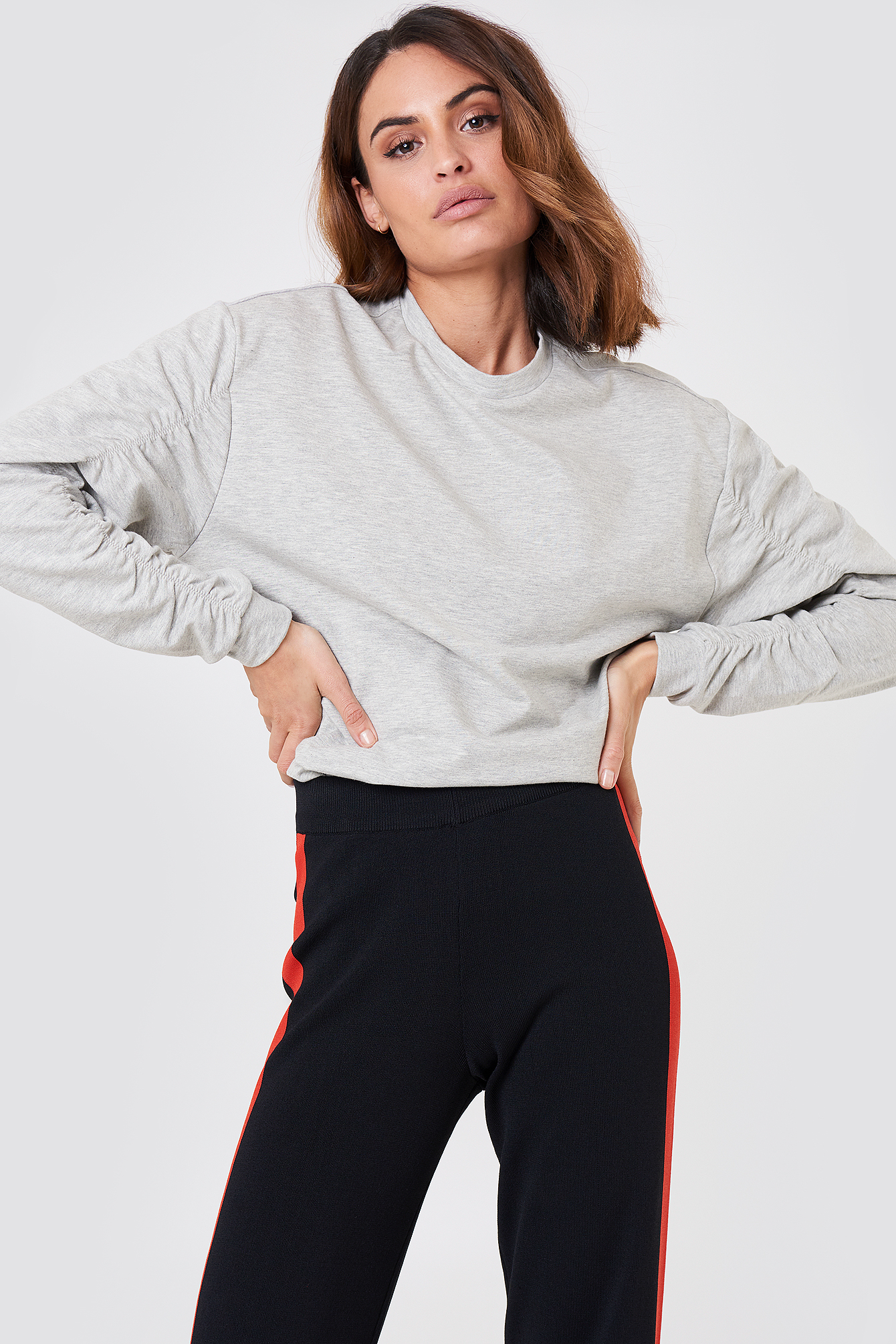 FIFI TIA SWEATSHIRT - GREY
