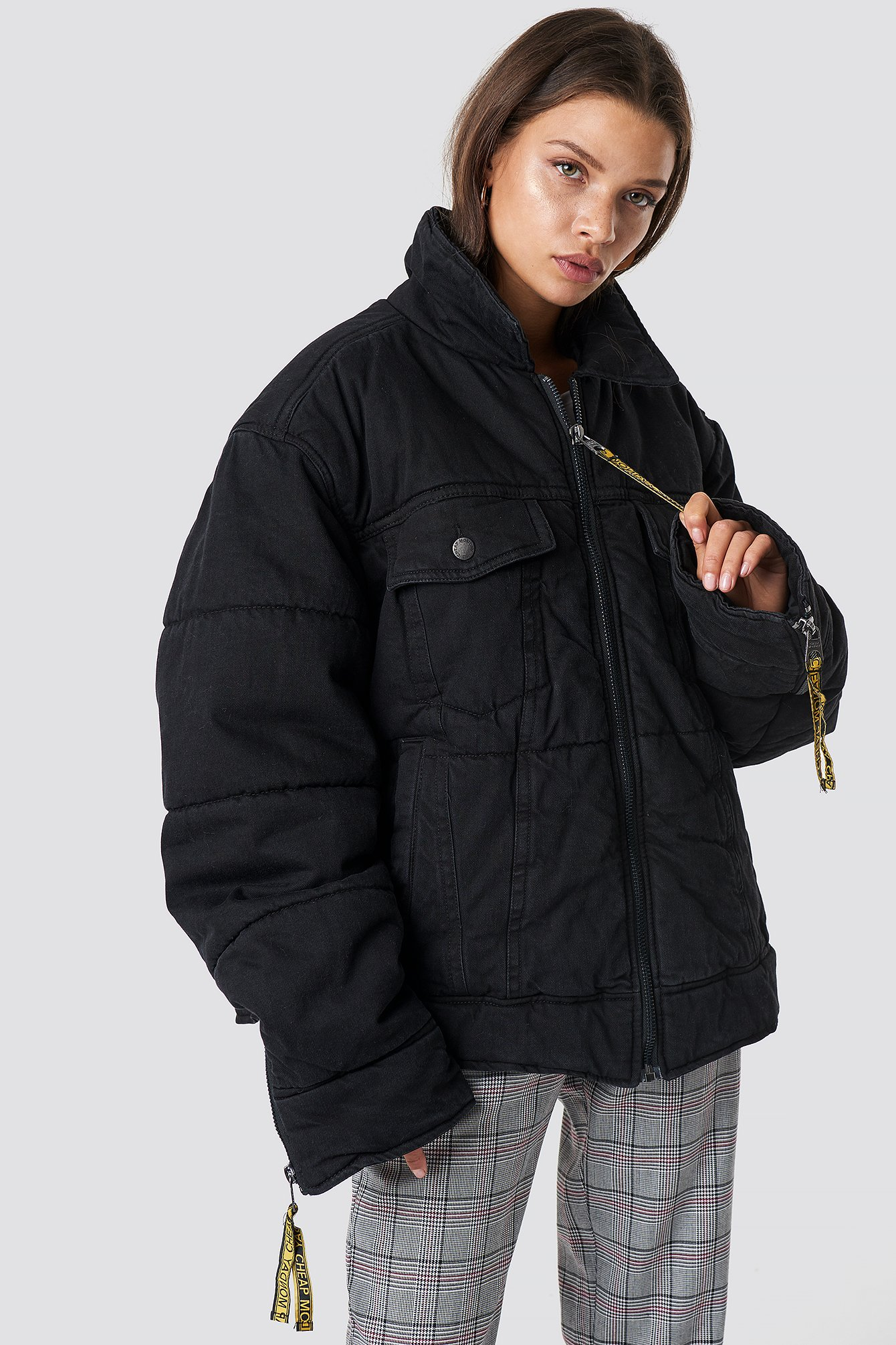 cheap monday -  Puffer Trucker Black Tape - Black