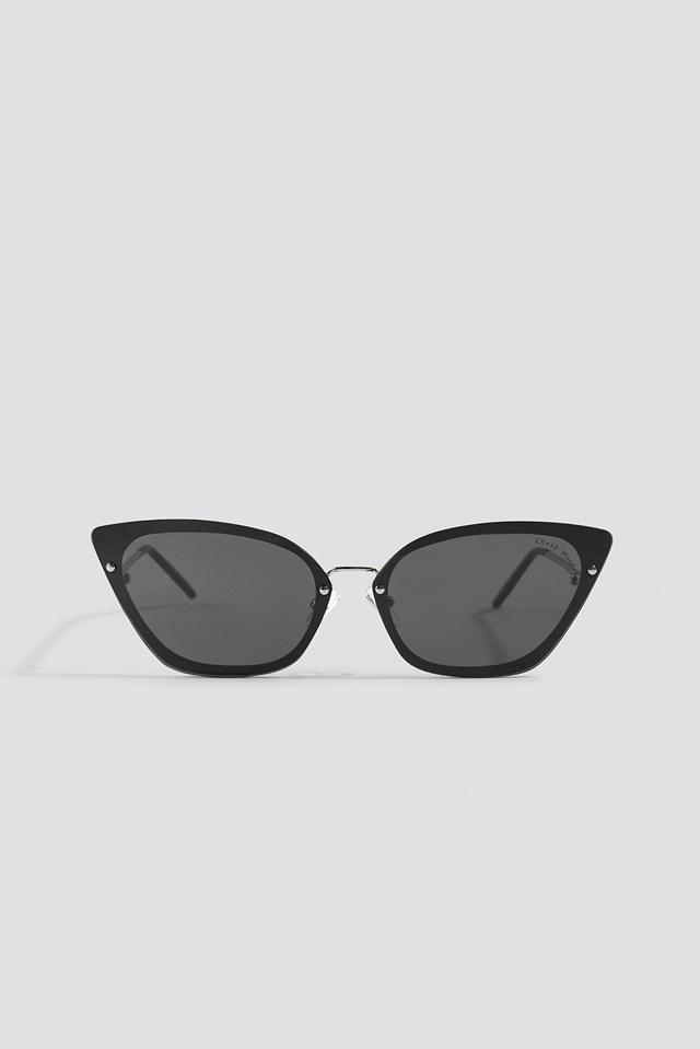Scorn Sunglasses Black