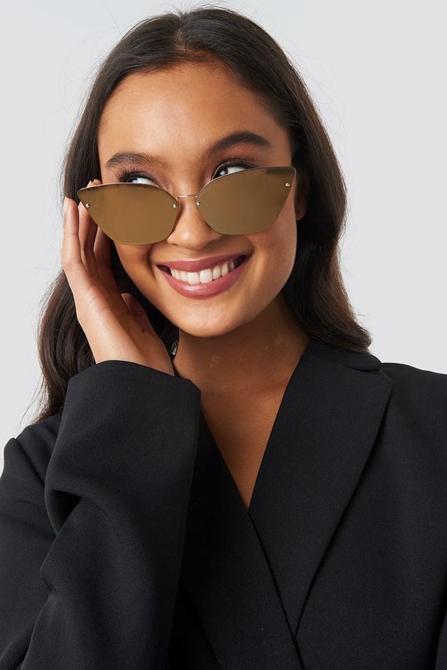 Scorn Sunglasses Gold