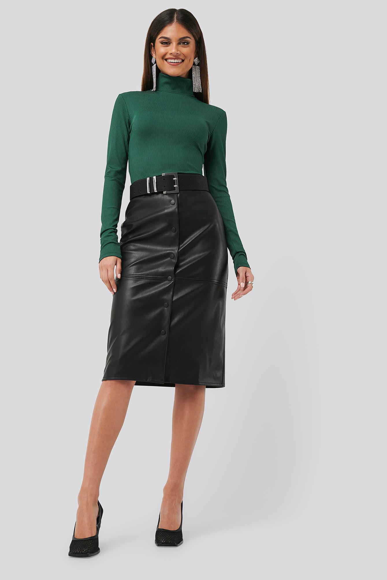 chloé b x na-kd -  PU Button Midi Skirt - Black