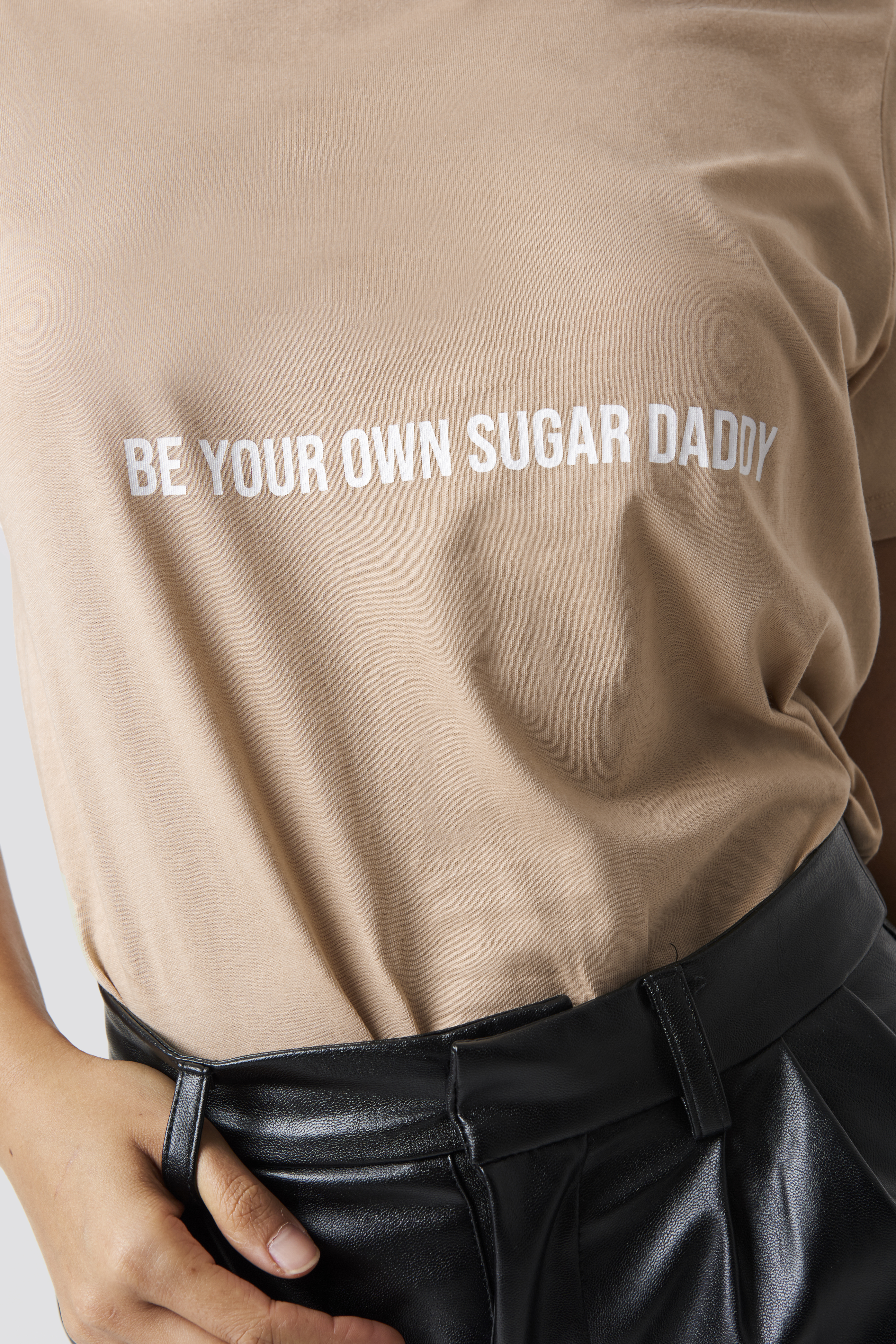Be Your Own Sugar Daddy Tee NA-KD.COM