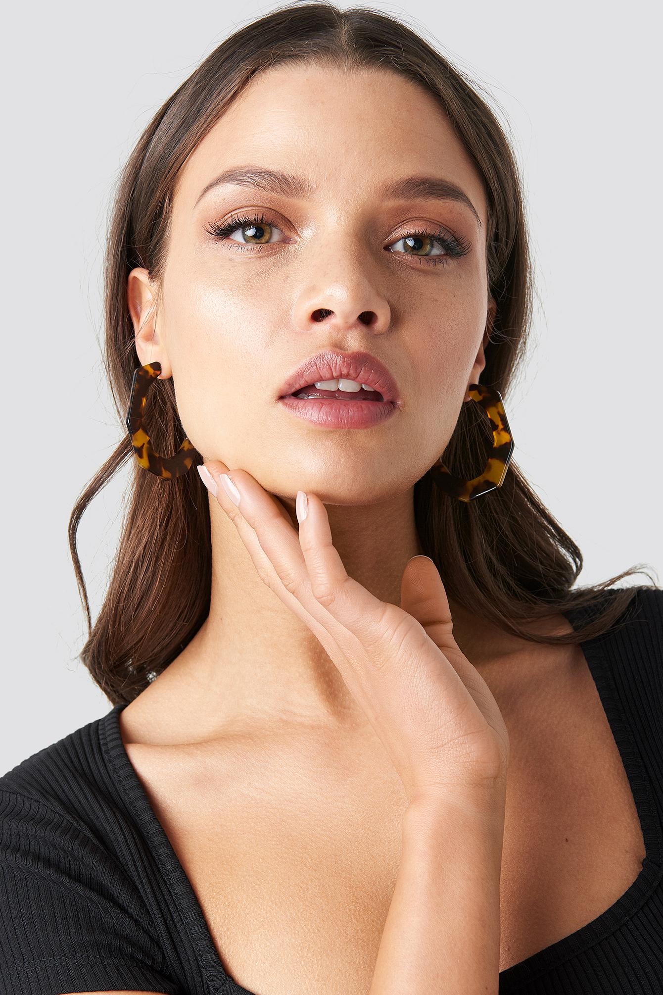 Oval Resin Earrings NA-KD.COM