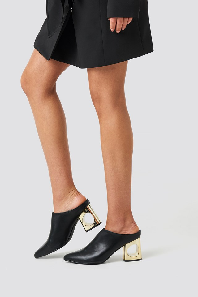 Squared Heel Boot Black