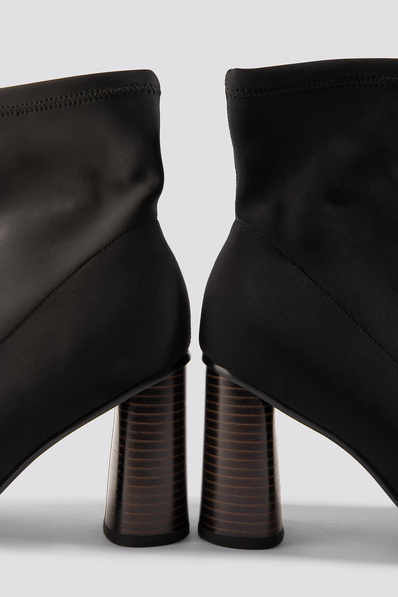 Pointy Sock Boot NA-KD.COM