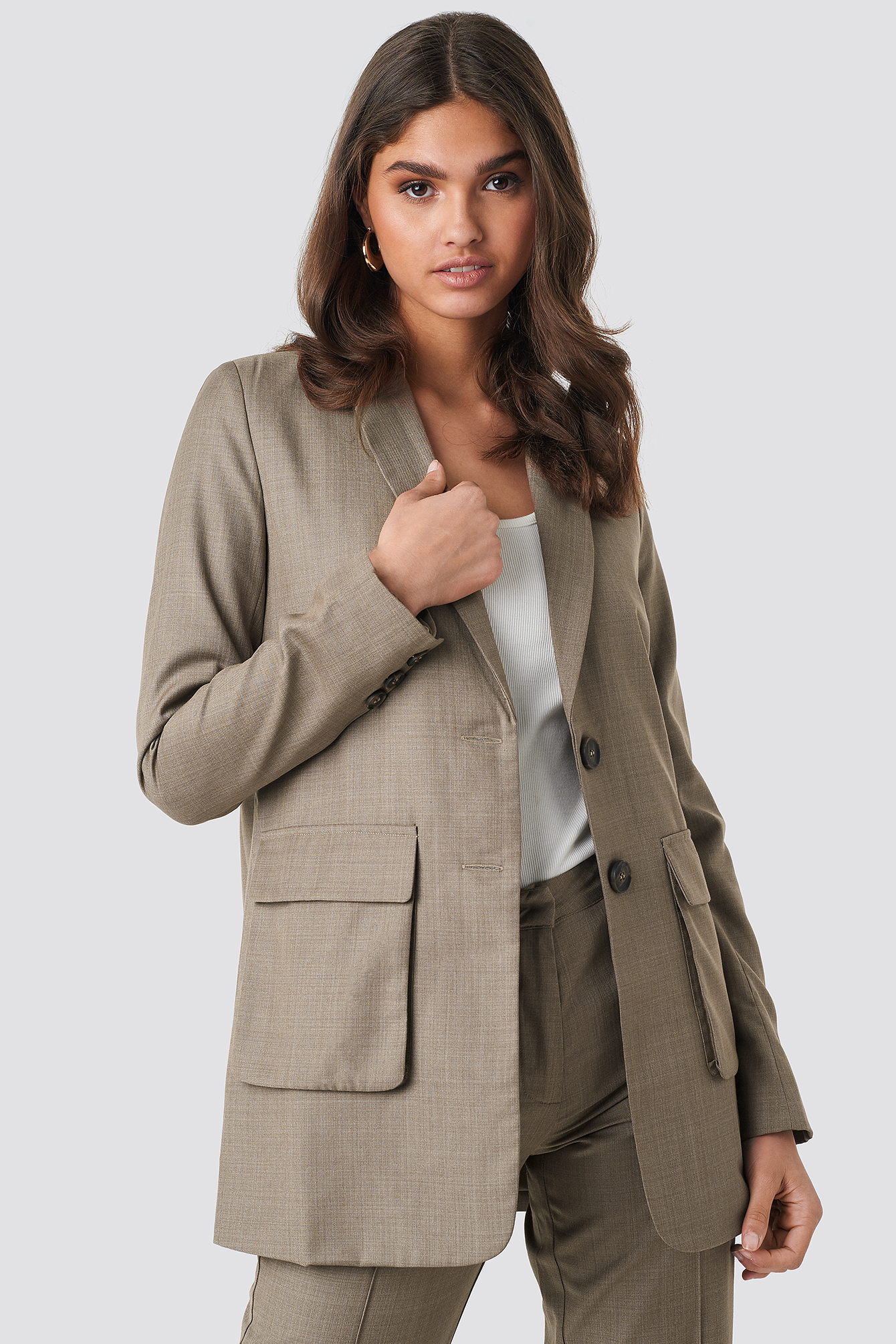 Front Pockets Long Blazer NA-KD.COM