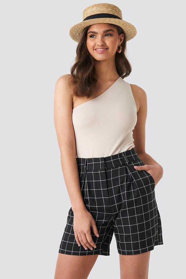 High Waist Checkered Shorts Black