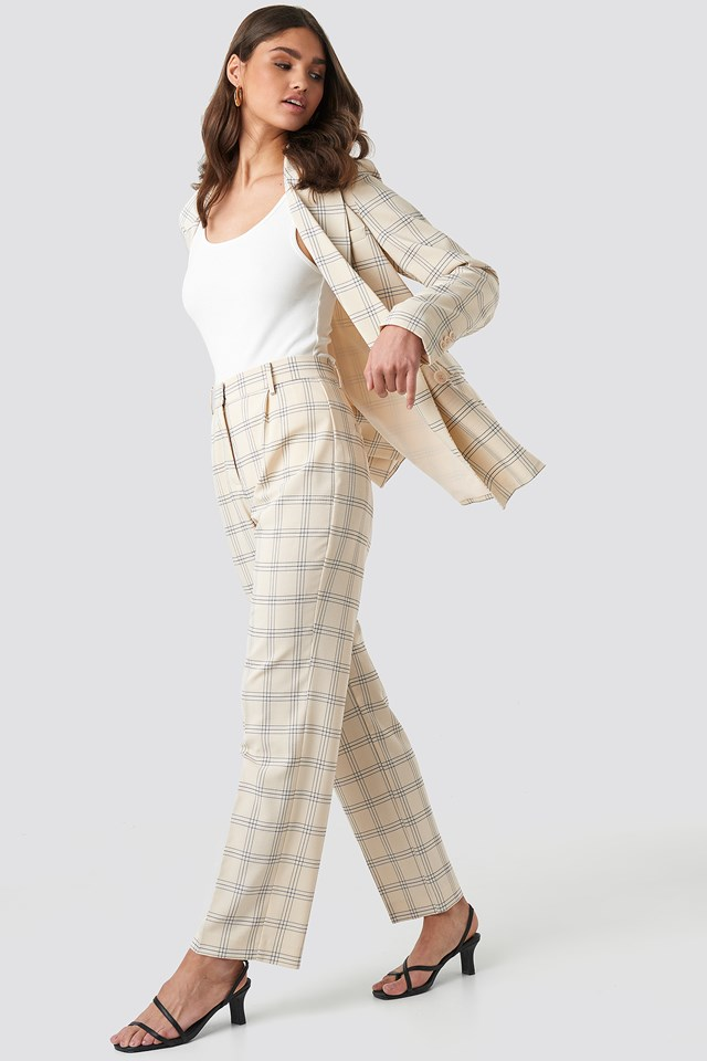 Light Checkered Suit Pants NA-KD.COM
