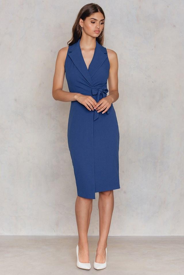 Sukienka z dekoltem V Blue