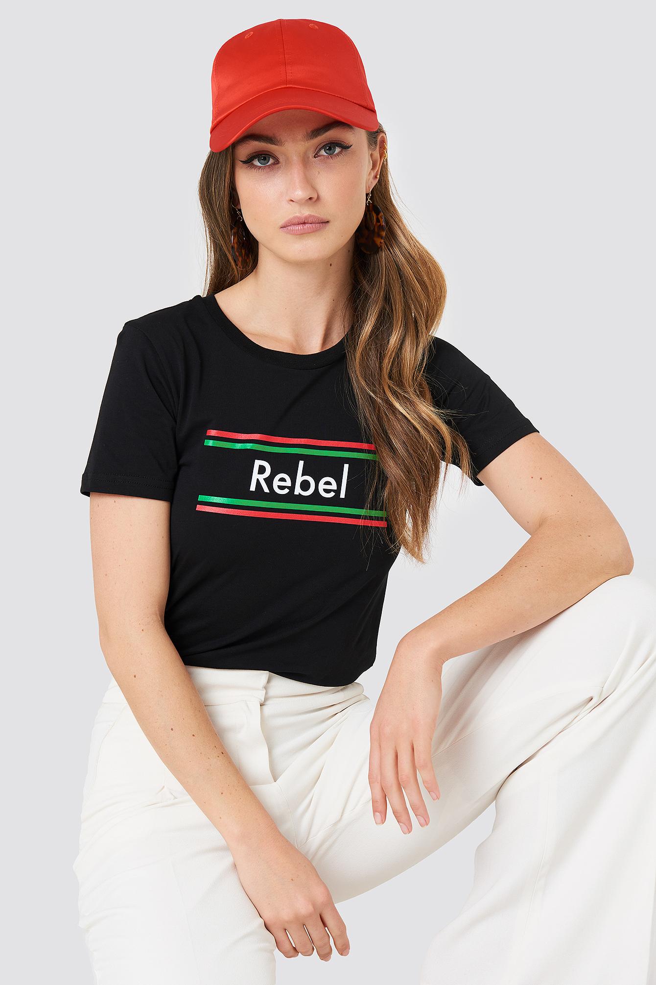 Rebel Stripes Classic Tee NA-KD.COM