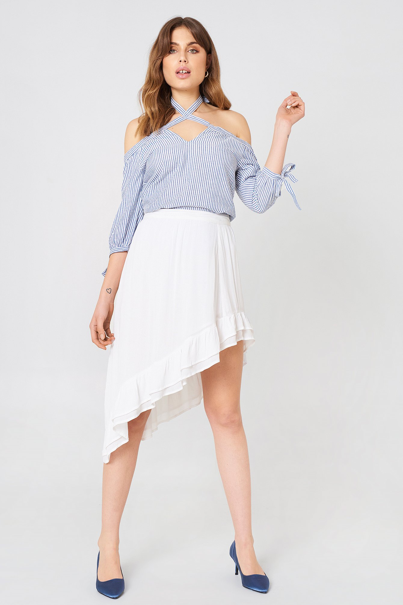 Tied Off Shoulder Top NA-KD.COM