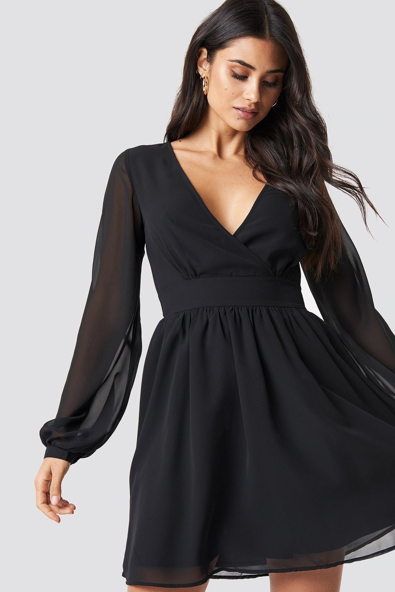 dilara x na-kd -  Front Overlap Mini Dress - Black