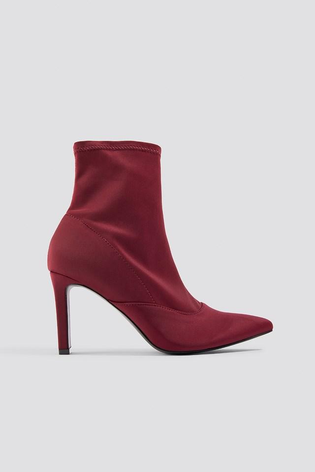 Rectangular Heel Satin Boots Dilara x NA-KD