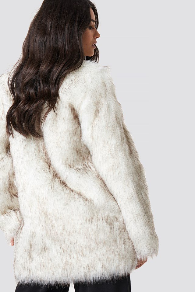 Round Neck Faux Fur Jacket NA-KD.COM