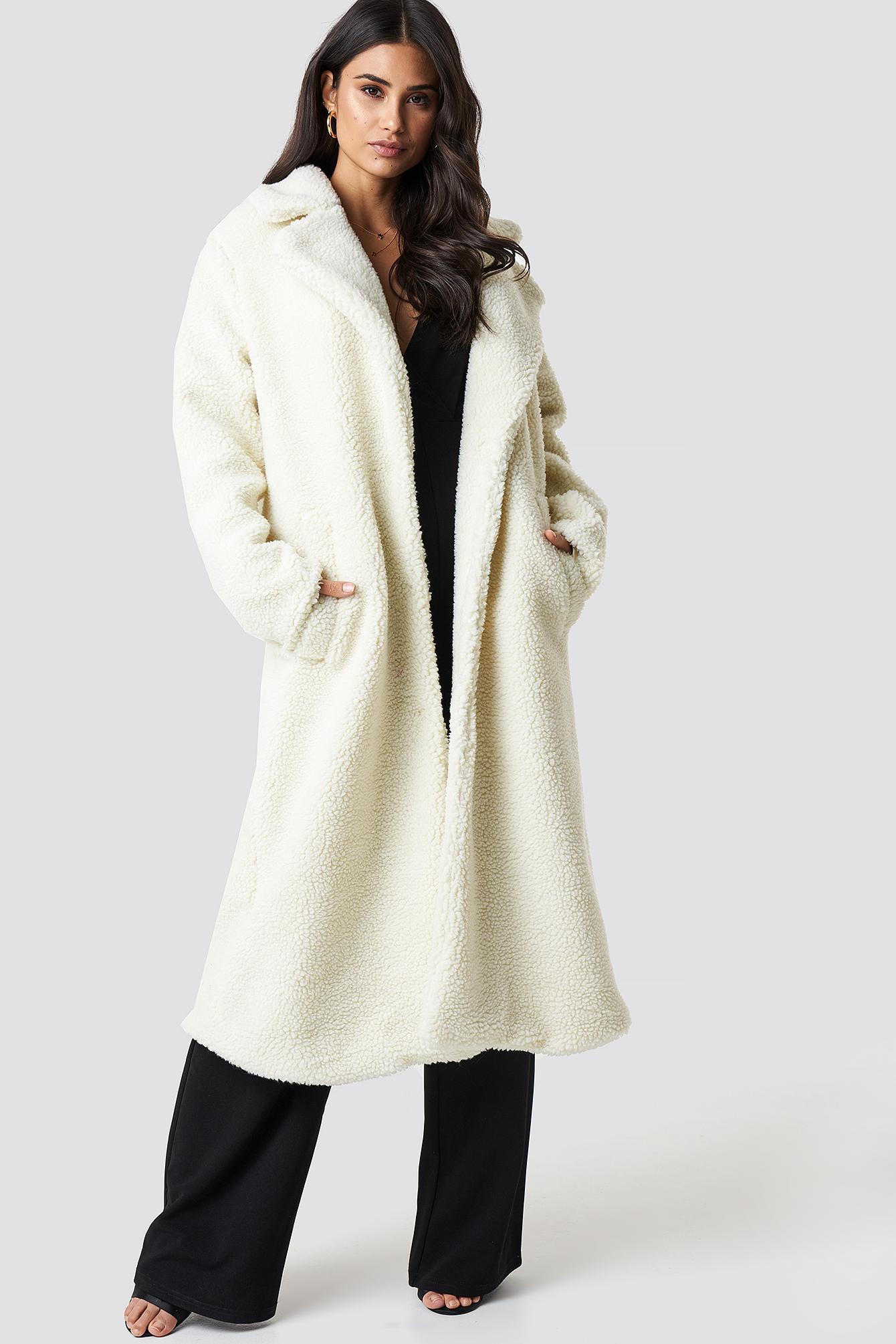 dilara x na-kd -  Teddy Maxi Coat - White