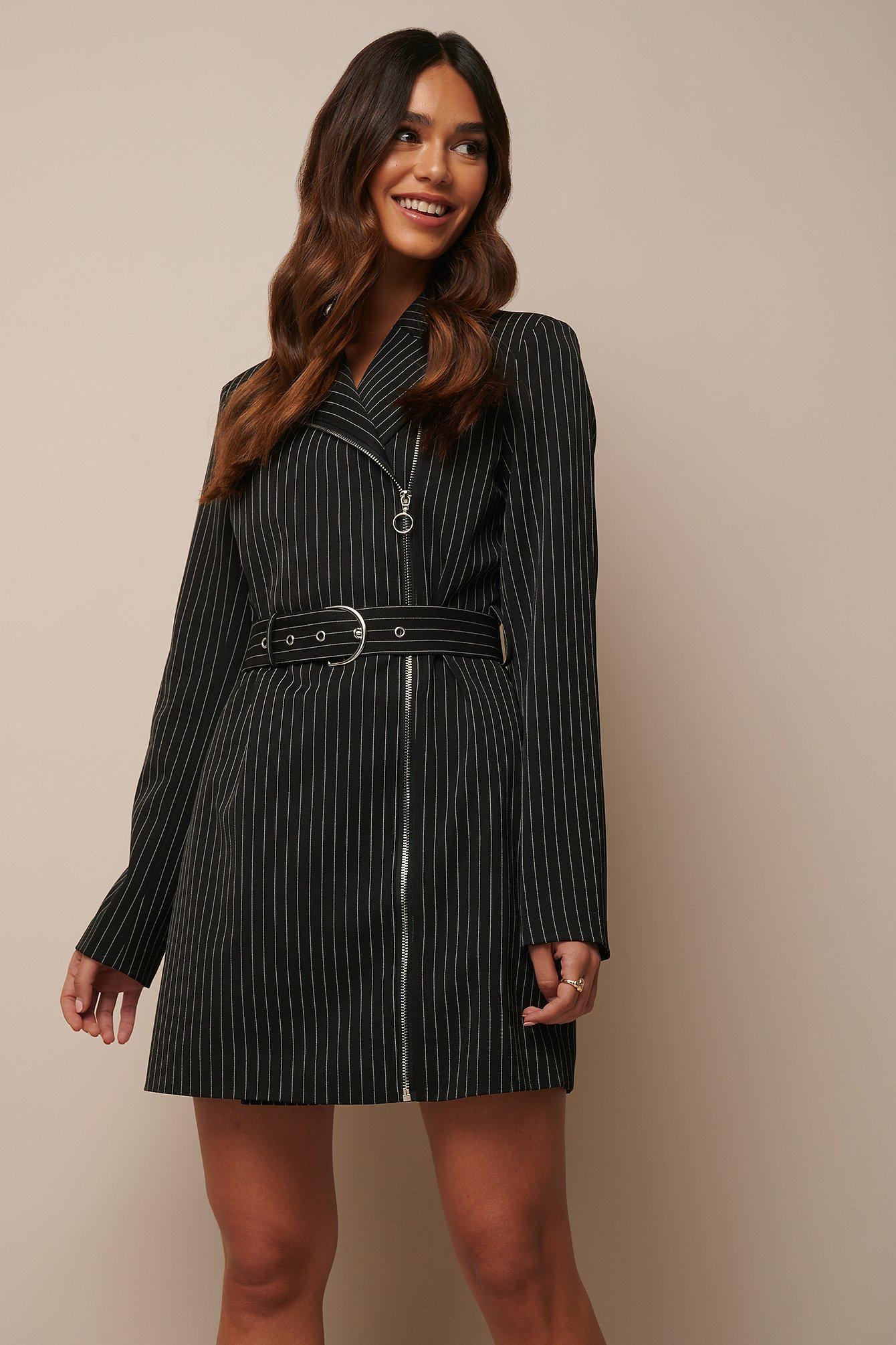 donnaromina x na-kd -  Pinstriped Zip Detail Blazer Dress - Black