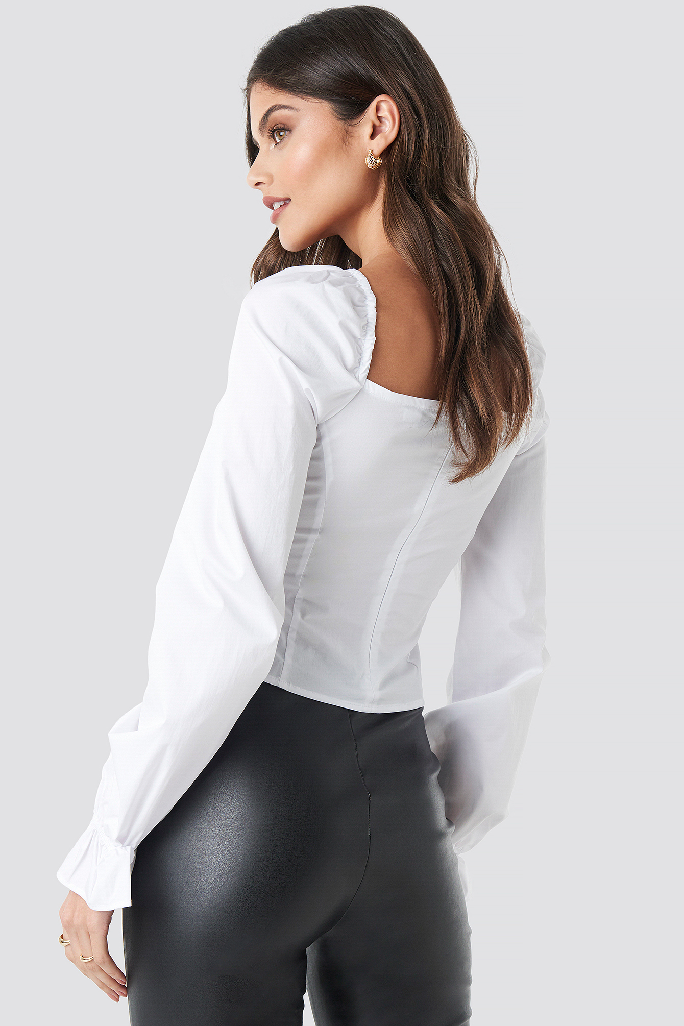 Puffy Sleeve Wire Blouse NA-KD.COM