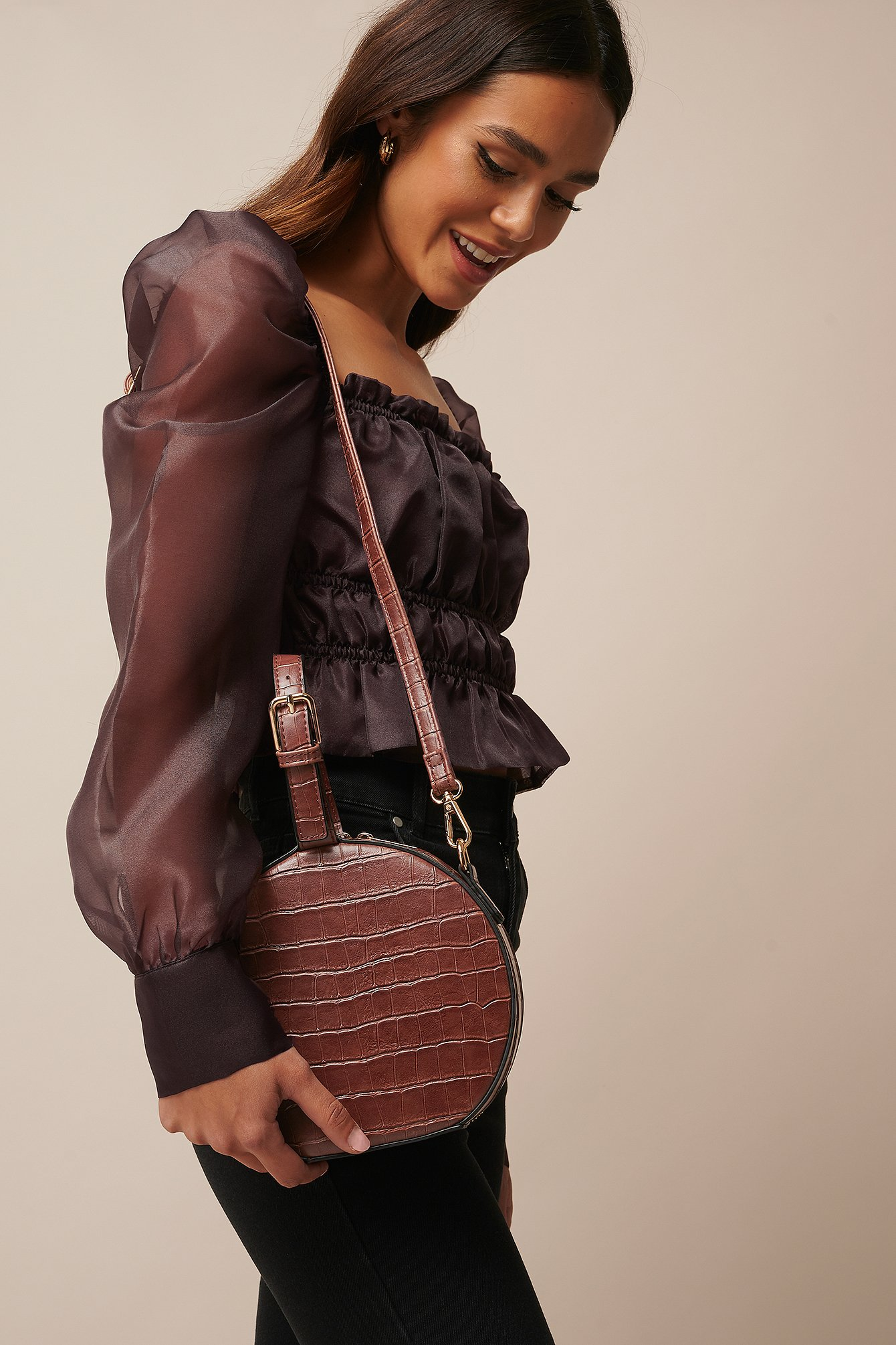 donnaromina x na-kd -  Round Croco Look Bag - Brown