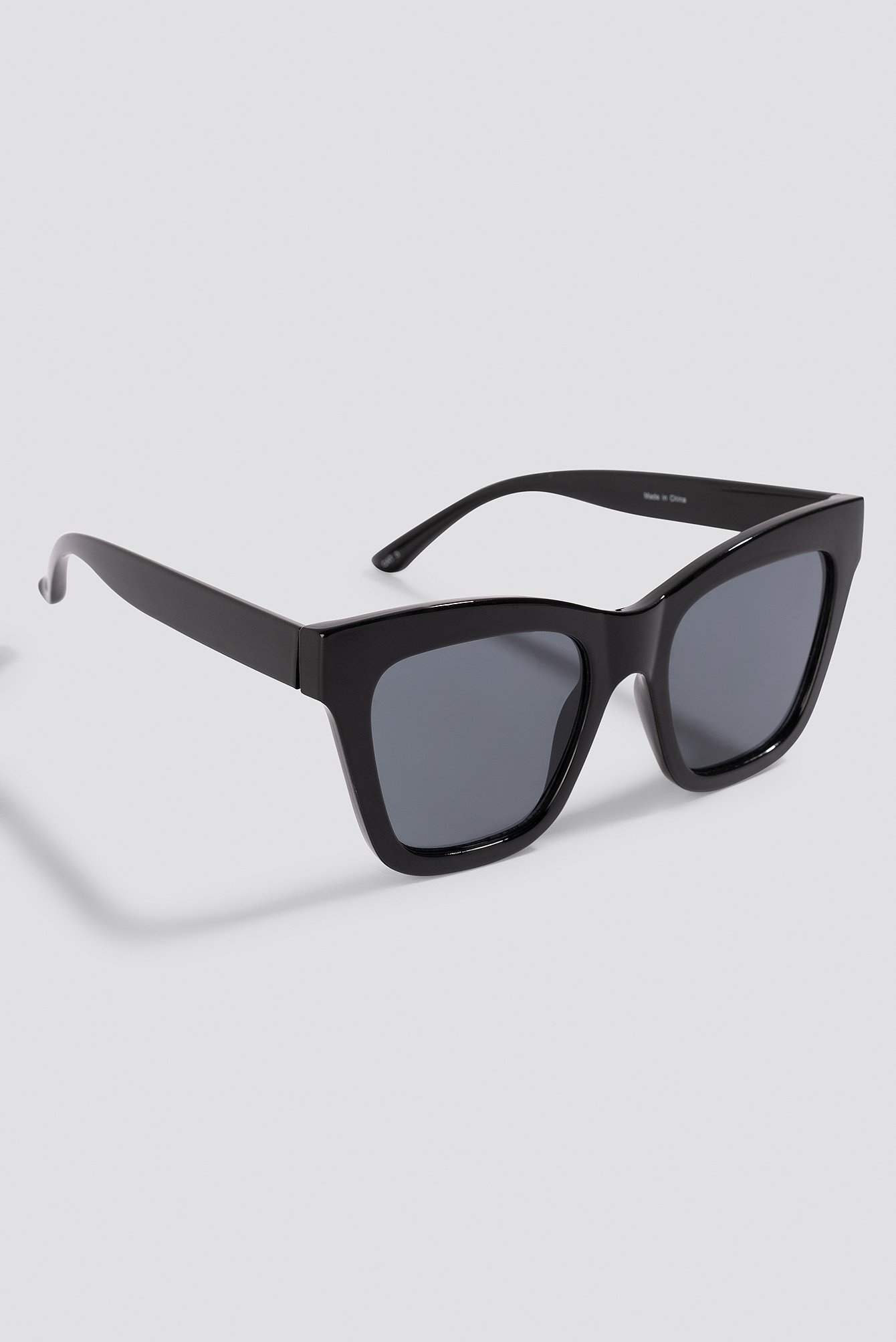 Black Square Shape Chunky Sunglasses