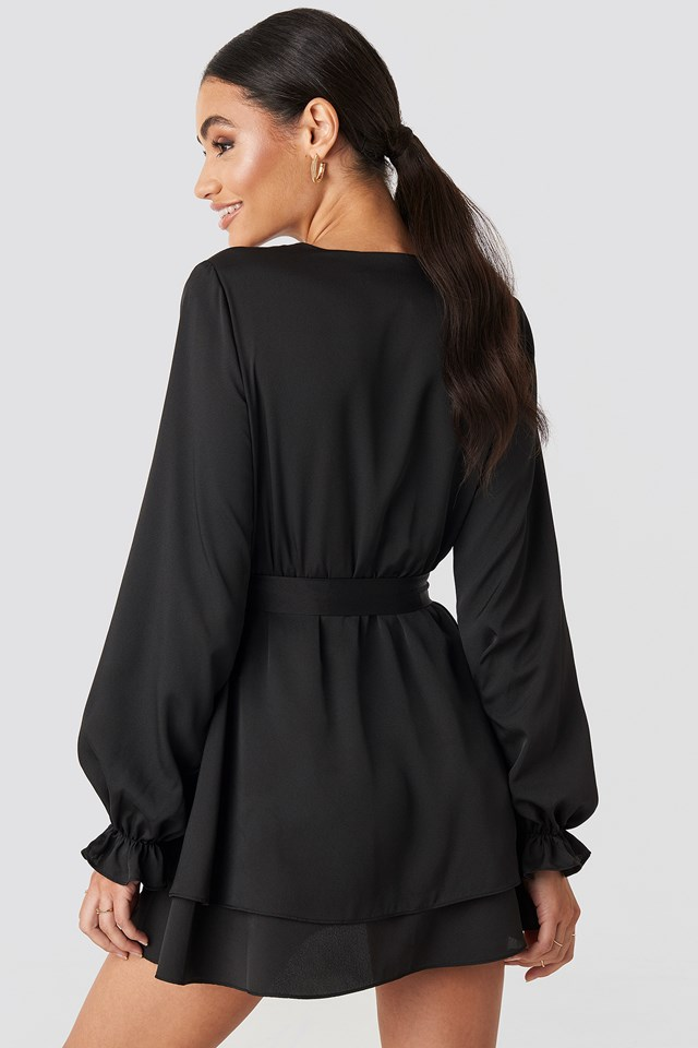 V-Neck Tied Front Flowy Dress Black