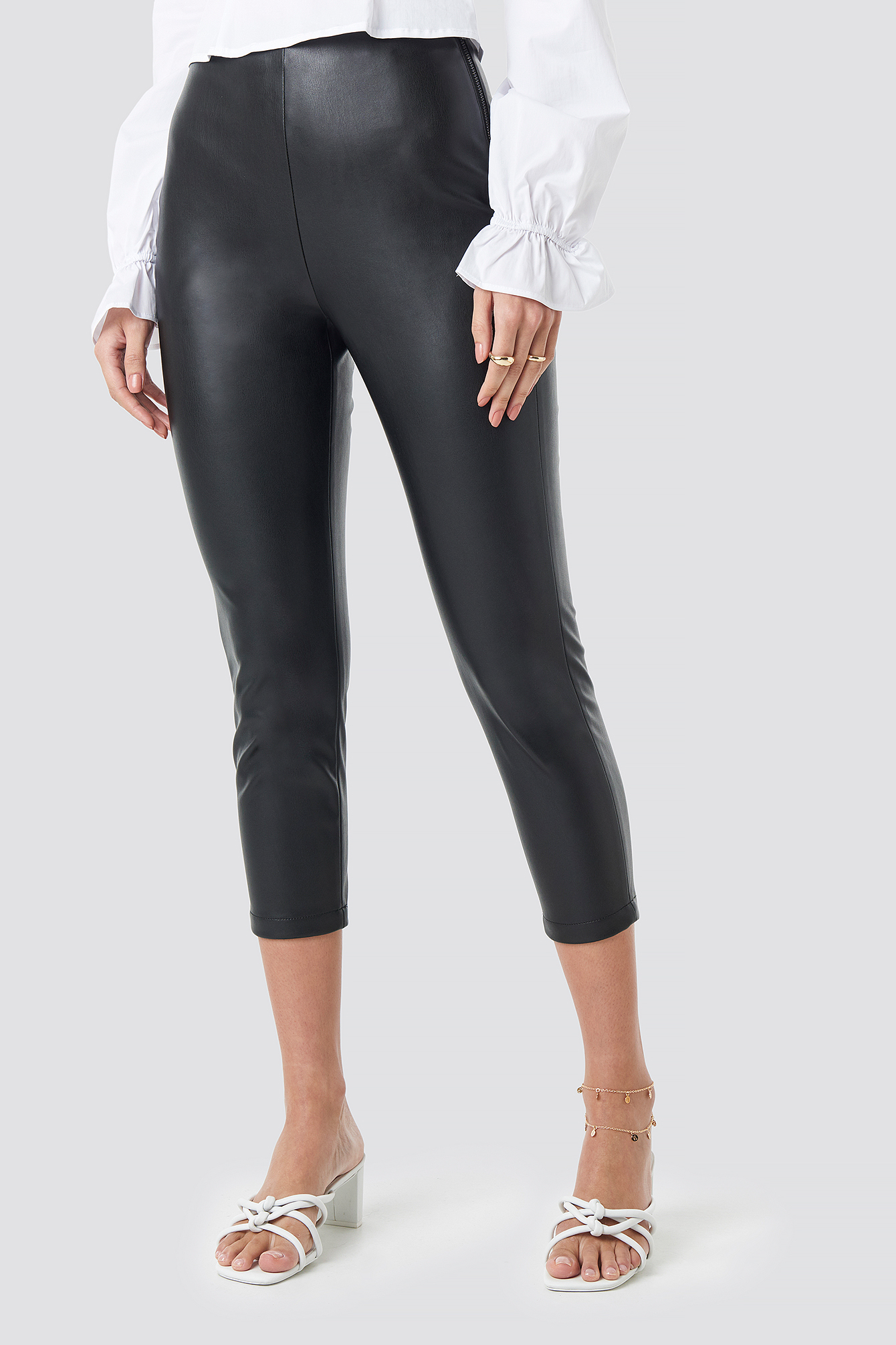 Side Zip Cropped Faux Leather Pants NA-KD.COM