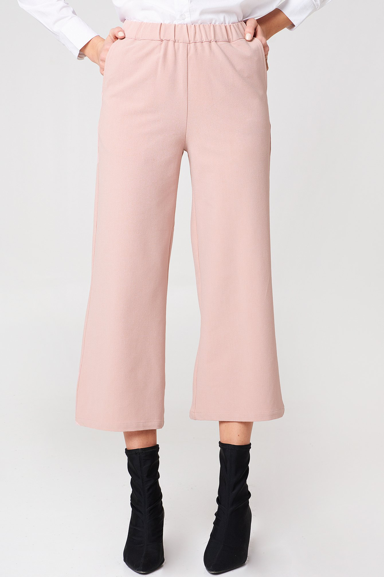 Abel Trousers in Pink. - size S (also in M,XS) Dr. Denim