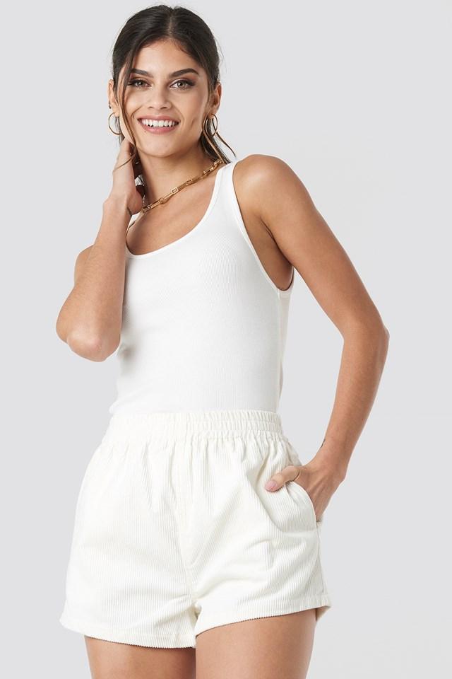 Nadeja Shorts Arctic White Cord
