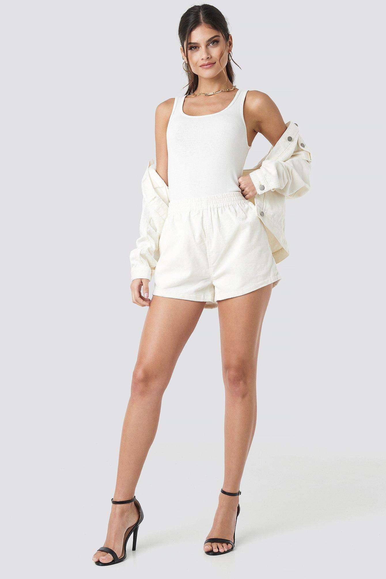 Nadeja Shorts NA-KD.COM