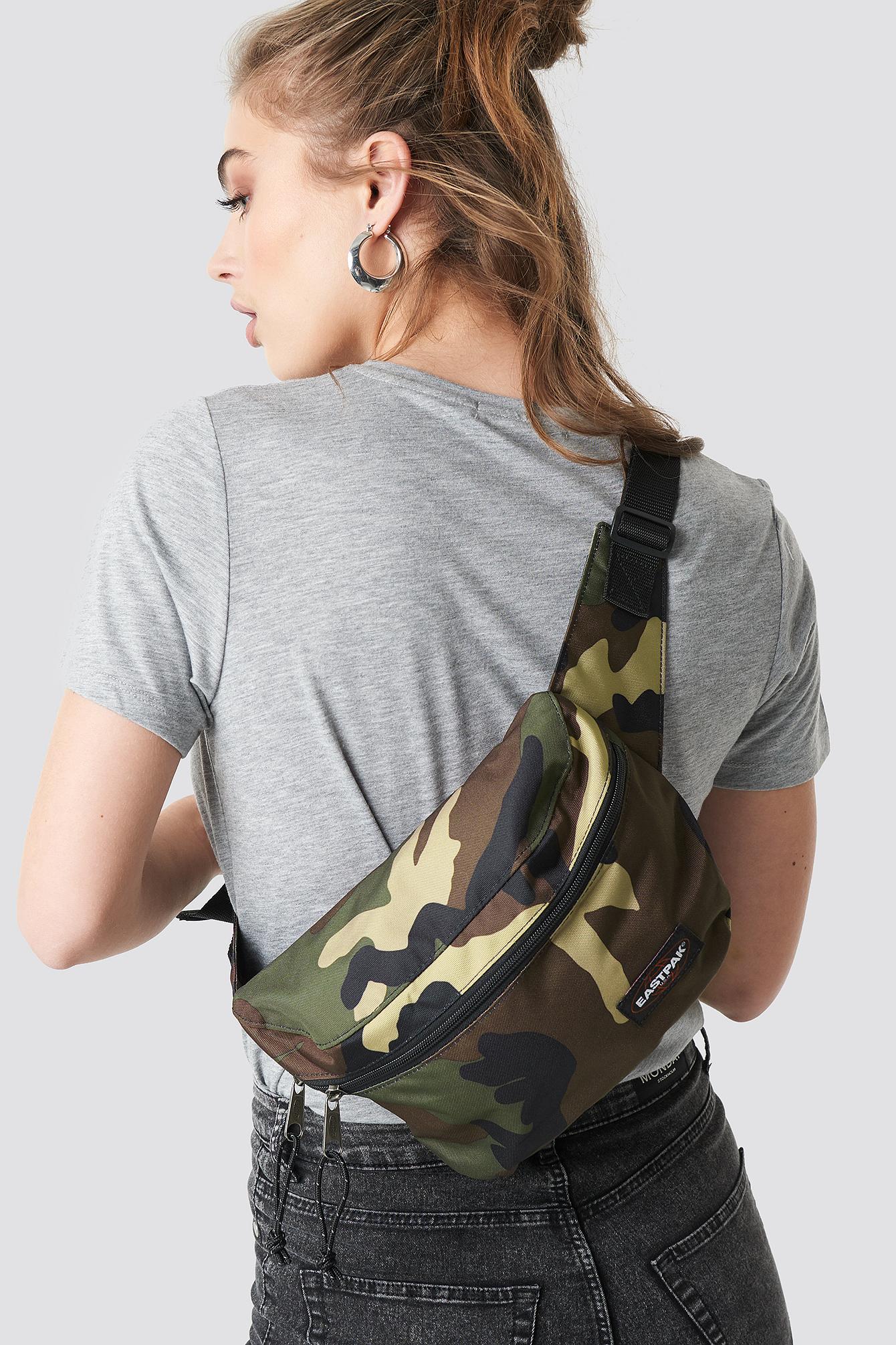 eastpak -  Bane Bag - Brown,Green,Multicolor