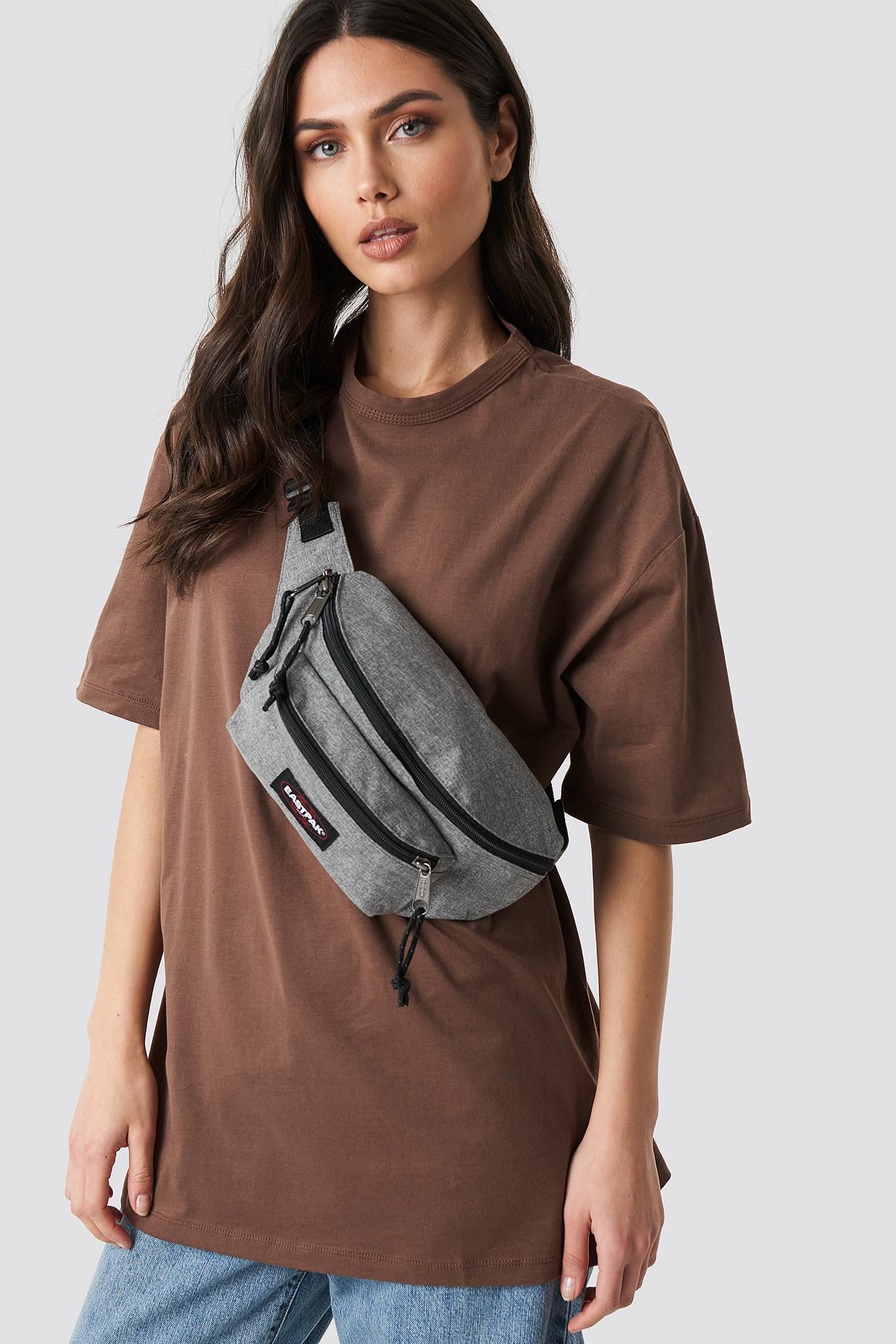 eastpak -  Doggy Bag - Grey