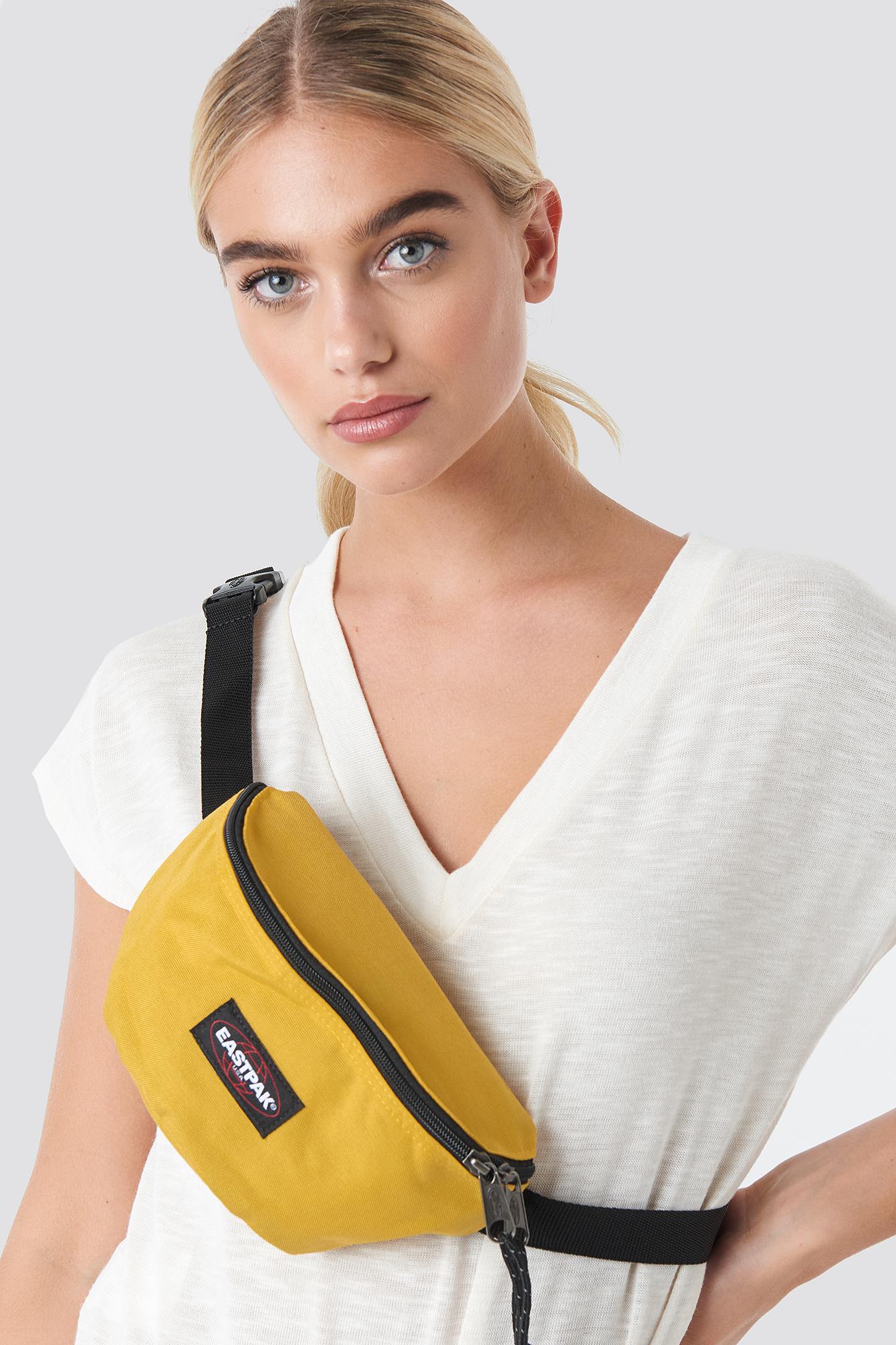 eastpak -  Springer Bag - Yellow