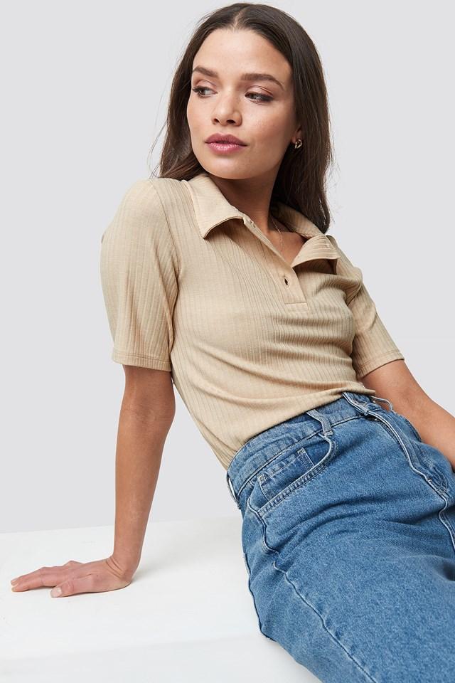 Ribbed Button T-Shirt NA-KD.COM