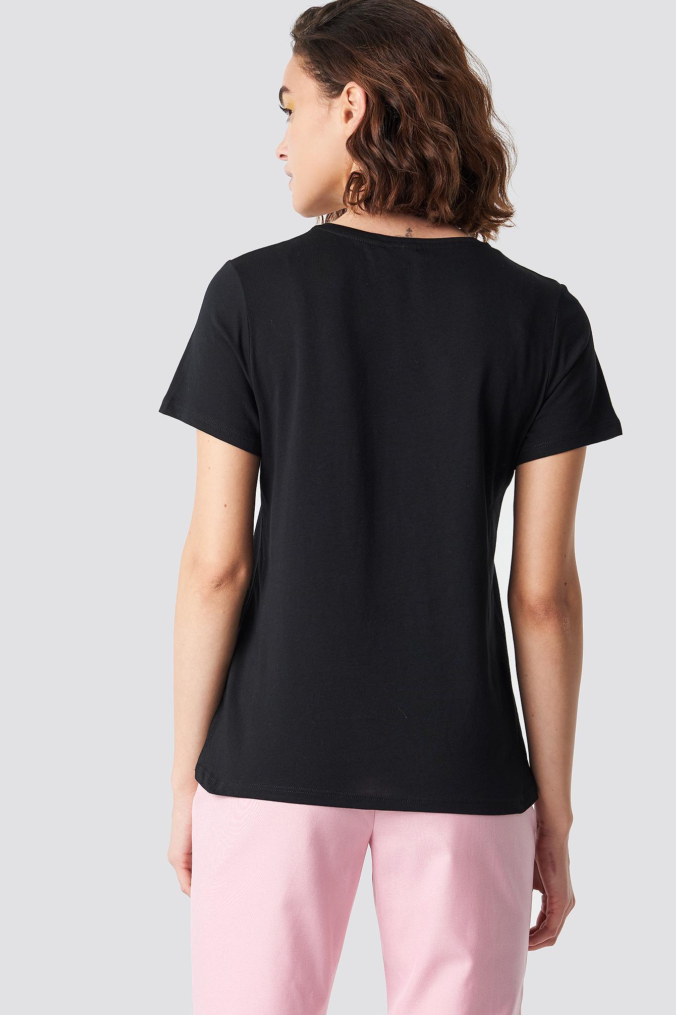 Stand Up T-shirt NA-KD.COM