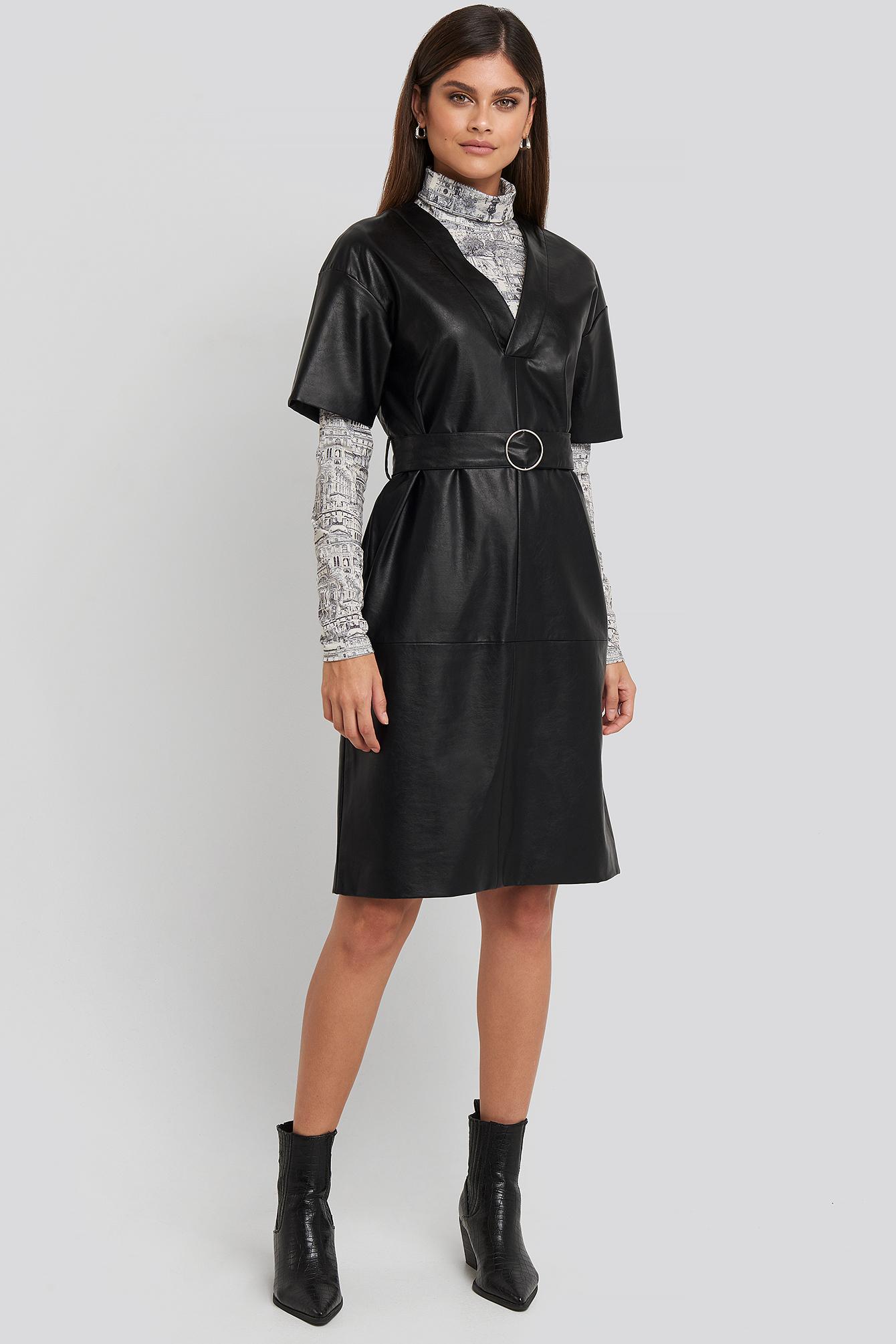 na-kd trend -  V-Front Buckle Belt PU Dress - Black