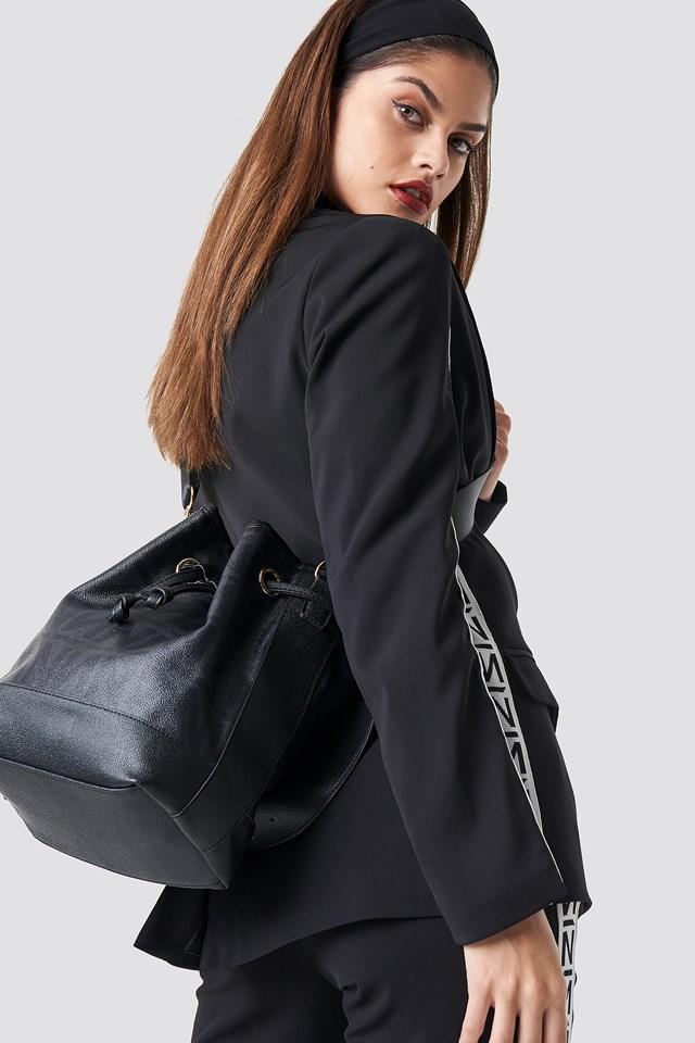 N Branded Bucket Bag Black/Grey