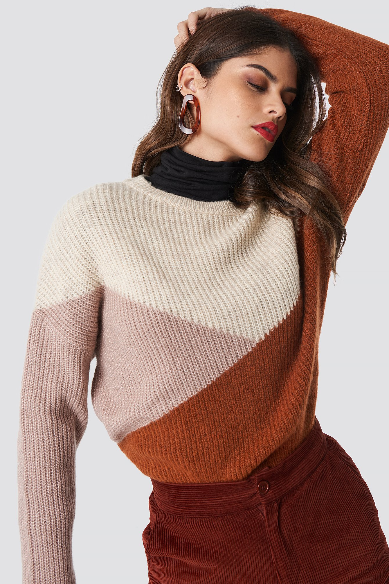 na-kd trend -  Color Blocked Round Neck Knitted Sweater - Orange,Beige,Multicolor