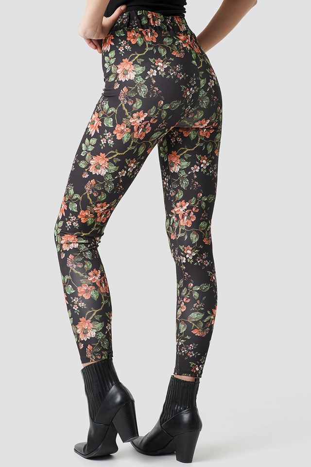 Dark Floral Leggings Floral