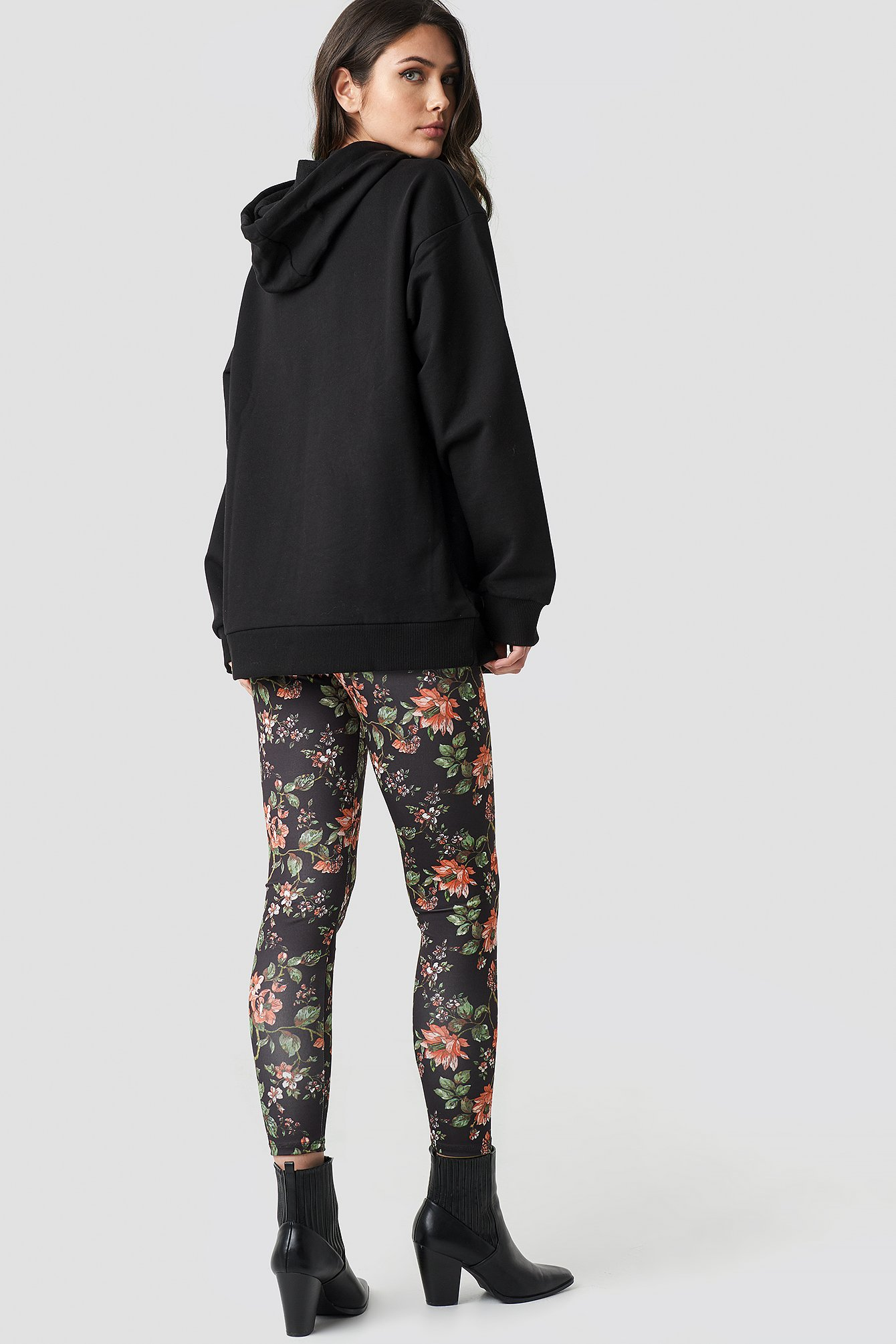 Dark Floral Leggings NA-KD.COM