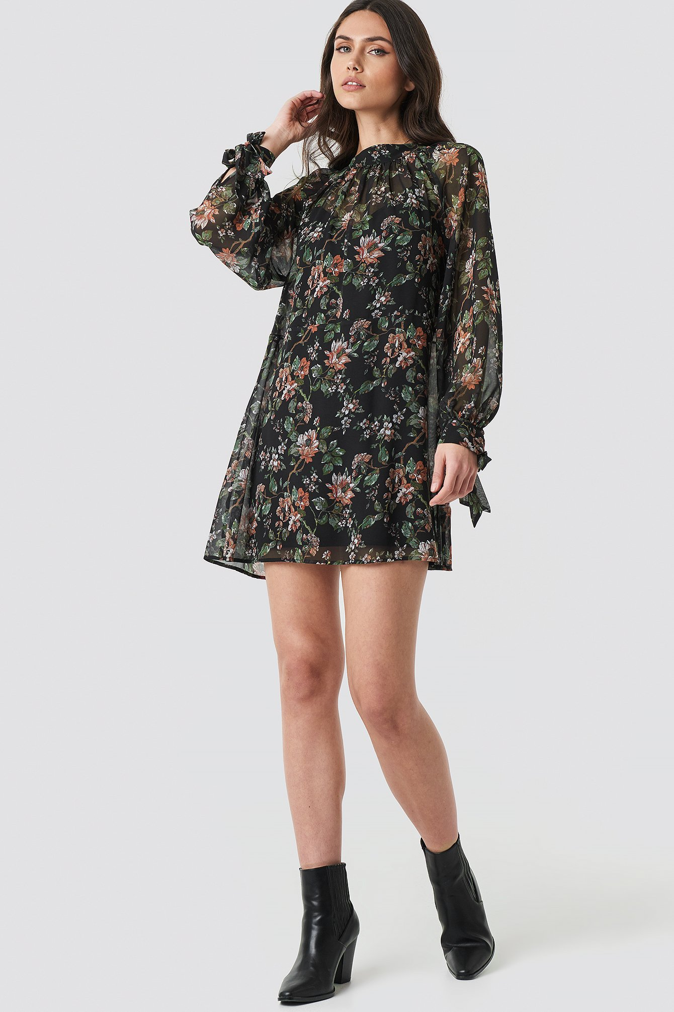 Dark Floral Print Tie Dress NA-KD.COM