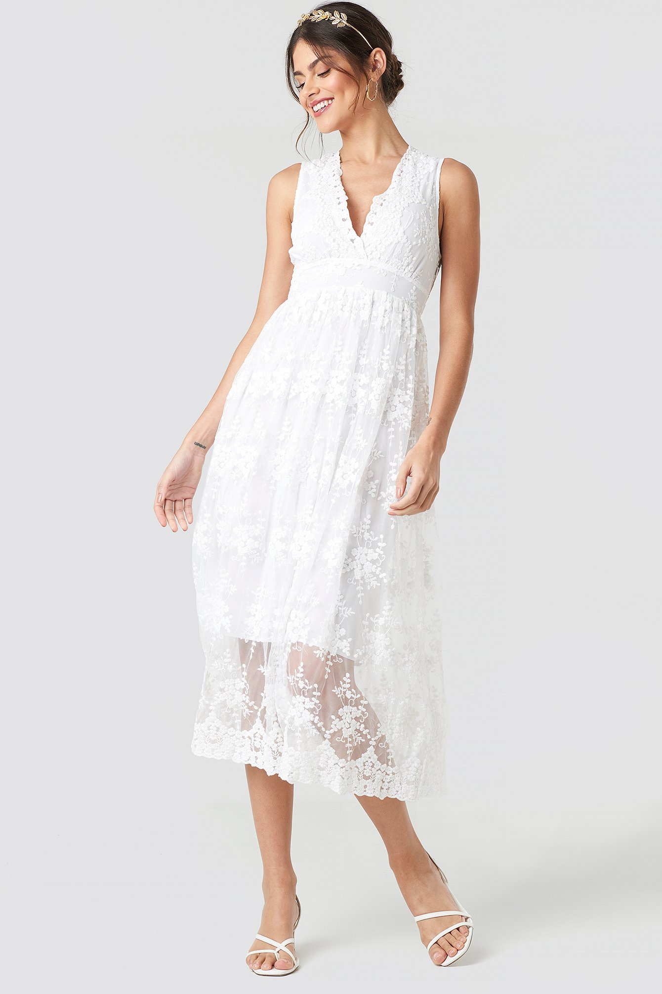 Deep V-Neck Delicate Lace Dress NA-KD.COM