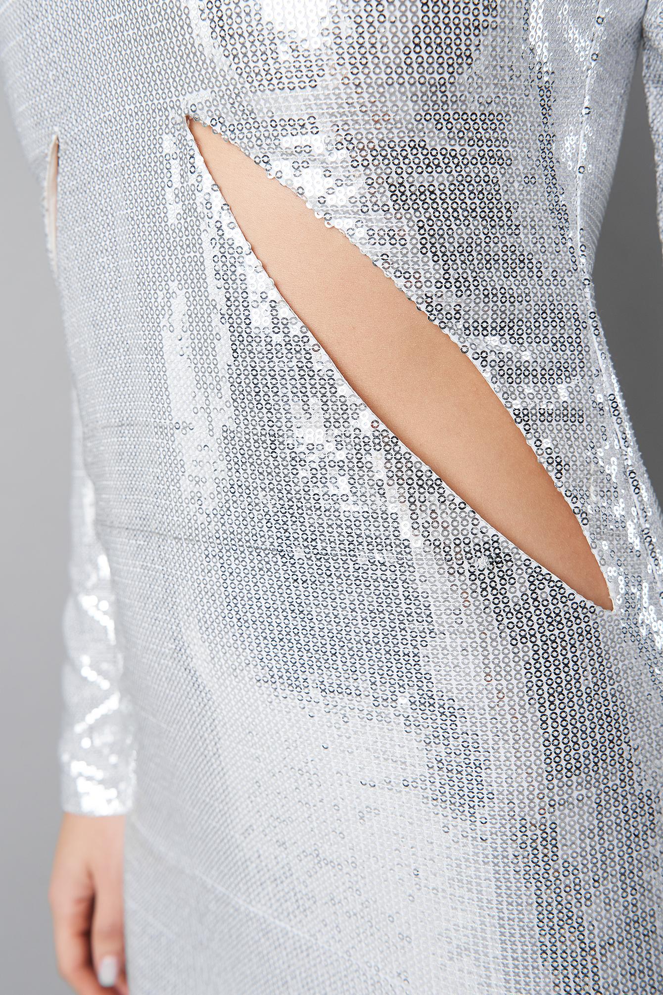 Deep V-Neck Cut Out Midi Dress NA-KD.COM