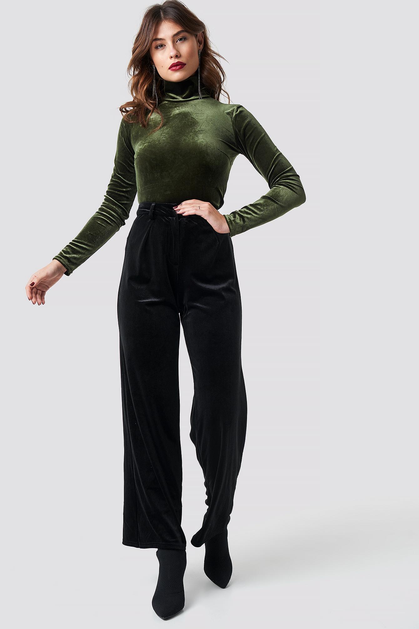Flared Velvet Pants NA-KD.COM