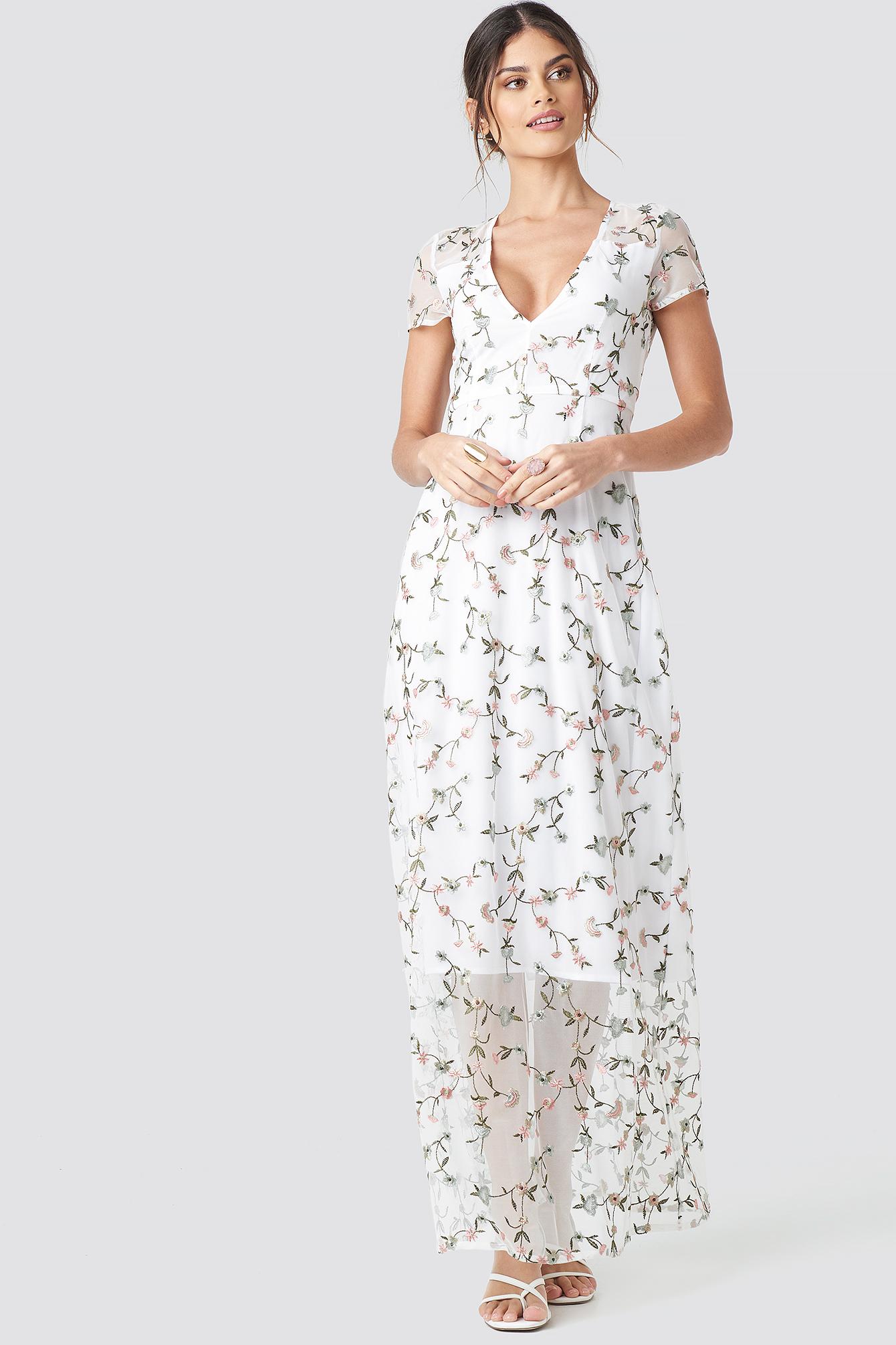 Flower Applique Sheer Maxi Dress NA-KD.COM