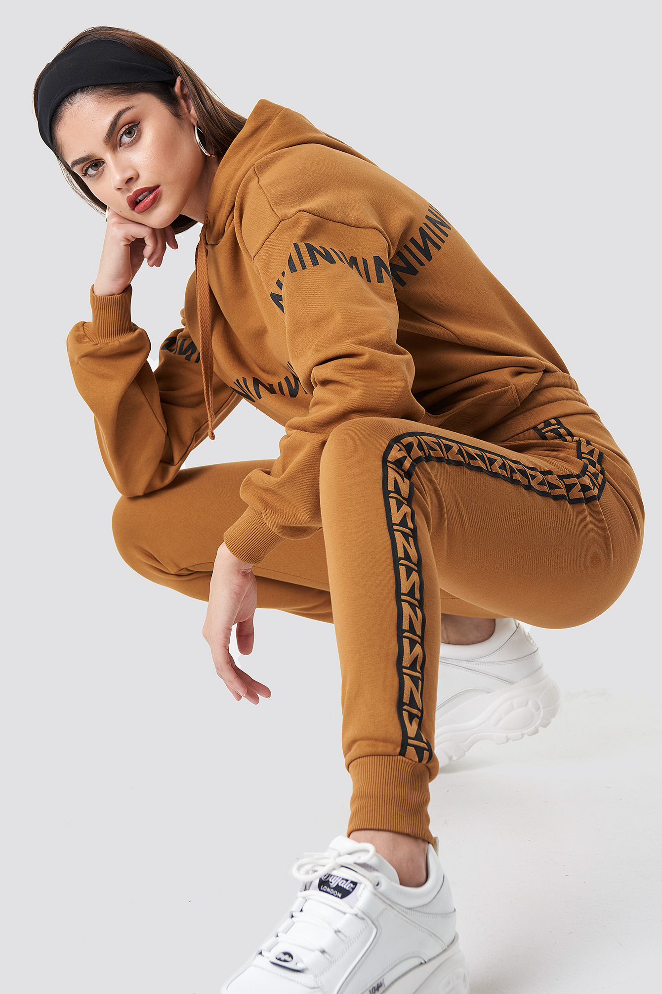 na-kd trend -  N Branded Stripe Sweatpants - Orange