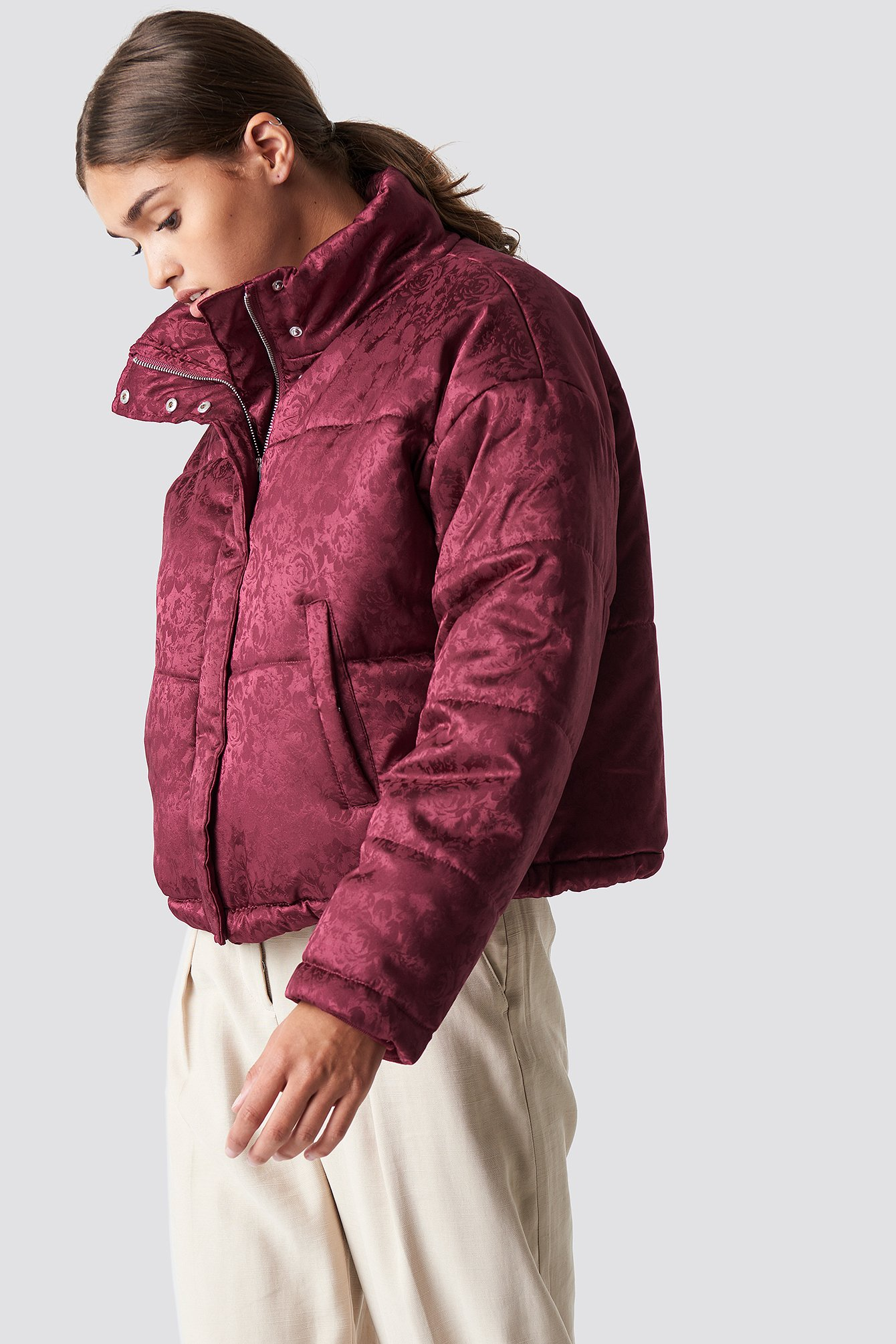 na-kd -  Shiny Jacquard Puff Jacket - Red