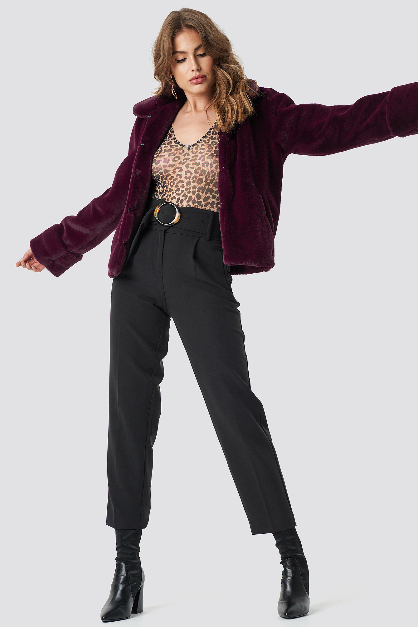 na-kd trend -  Short Faux Fur Jacket - Purple
